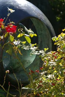 Barbara Hepworth Sculpture Garden 8